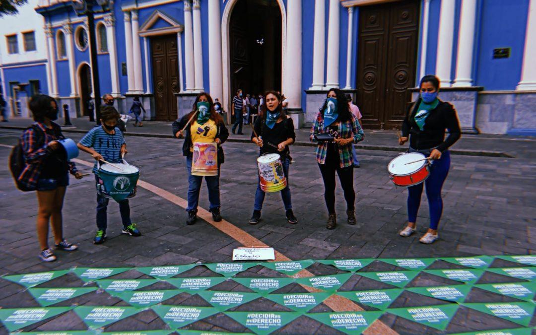 Demanda de inconstitucionalidad de aborto por violación presentada en Ecuador